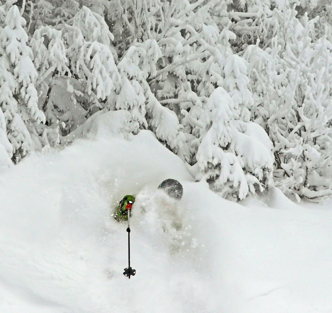 Stowe for Christmas and New Year\'s Ski Trips