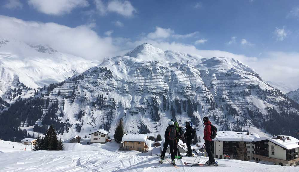 Lech is known for its shopping, its views, and, like most of Austria's ski resorts, its après ski activities.